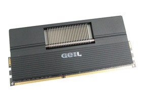 金邦4GB DDR3 1600(黑龙EVO ONE系列)